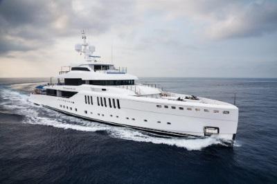 A Monte Carlo un mare di splendide barche