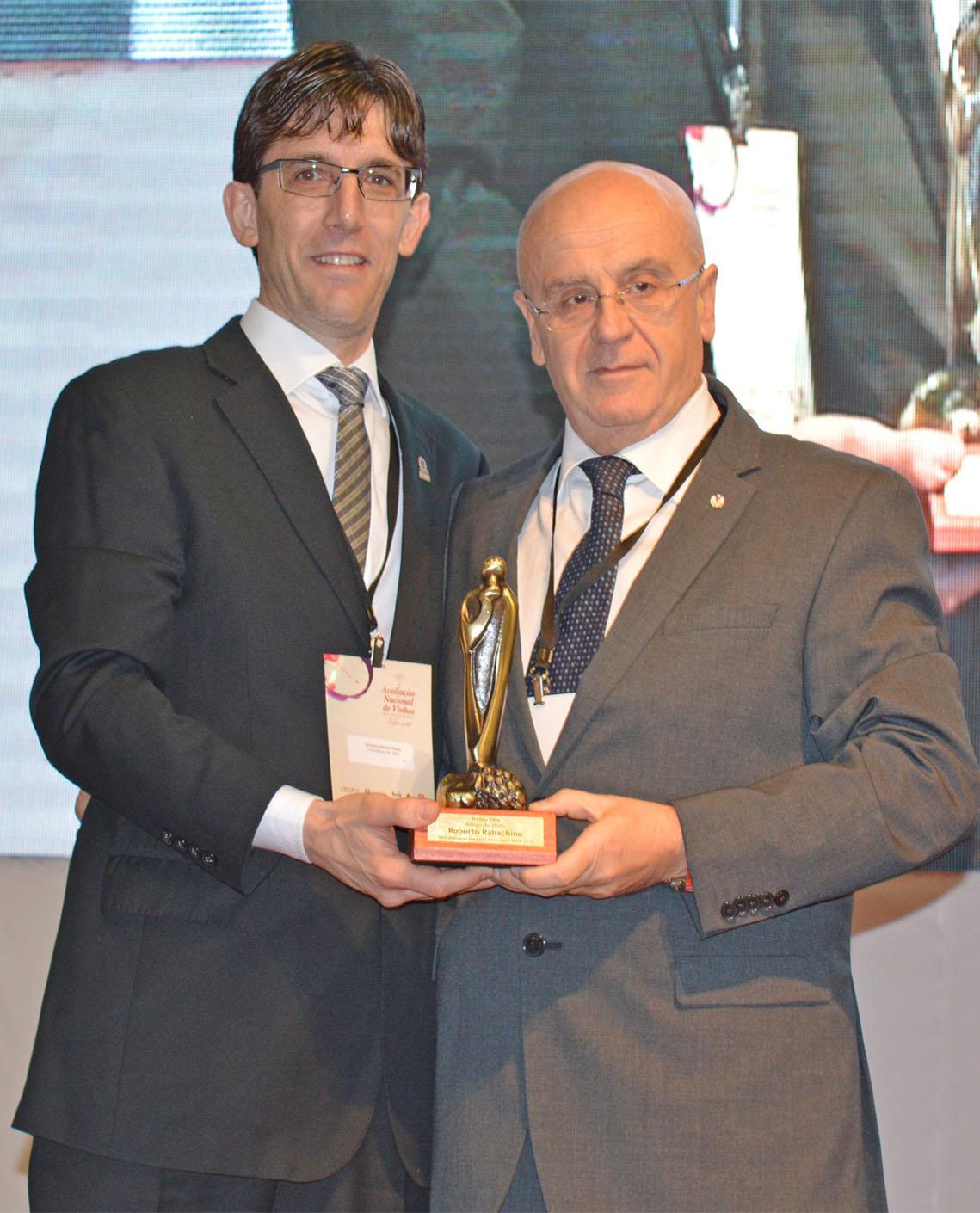 Troféu Vitis Amigo do Vinho 2016 Rabachino Roberto