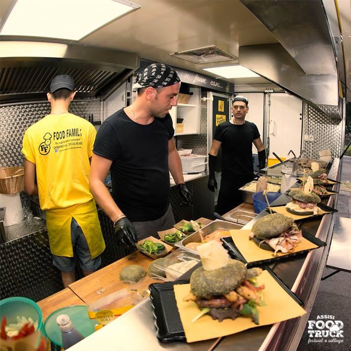 Il primo evento in Umbria dedicato al cibo da strada itinerante