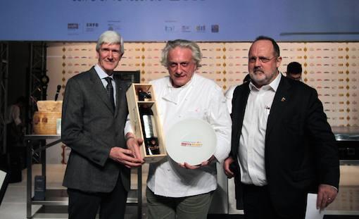 Davide Scabin eletto Cuoco dell'Anno durante Identità Golose 2015