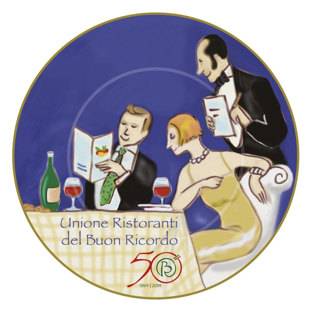 piatto del 50° dipinto a mano dagli artigiani della Ceramica Solimene di Vietri sul Mare