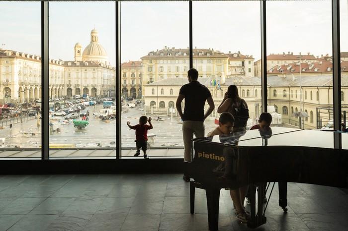 Palazzo vetro del Mercato Centrale Torino
