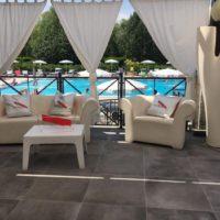 Inaugurazione della prima Champagneria di Torino a bordo piscina