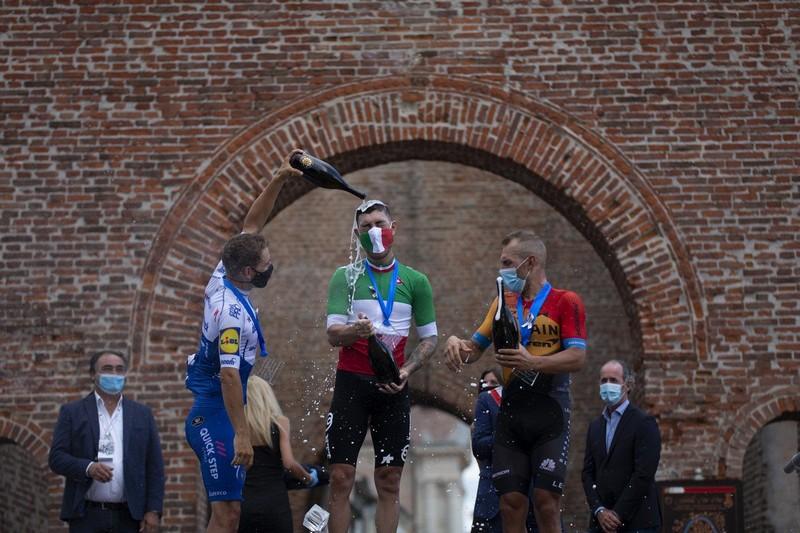 podio campionati italiani di ciclismo