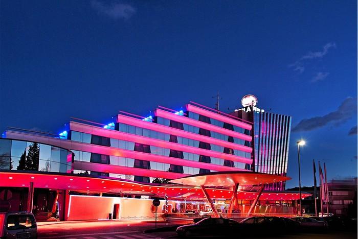 Resort Perla in rosa
