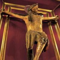 """Dopo quasi quattocento anni, a Napoli è stato disvelato il Crocifisso """"dei miracoli""""."""