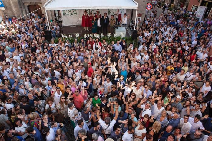 Folla a Di Gavi in GAvi 2018
