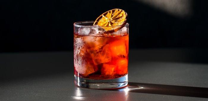 Il Conte cocktail negroni con Oscar697 e Ginepraio
