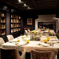Cenare in un ristorante storico sul Lago d'Iseo
