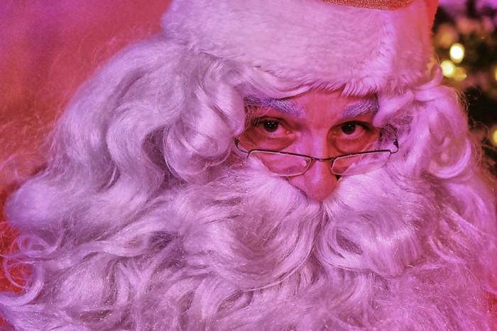 Paese Natale Di Babbo Natale.La Vera Storia Di Babbo Natale A Govone Magico Paese Di Natale