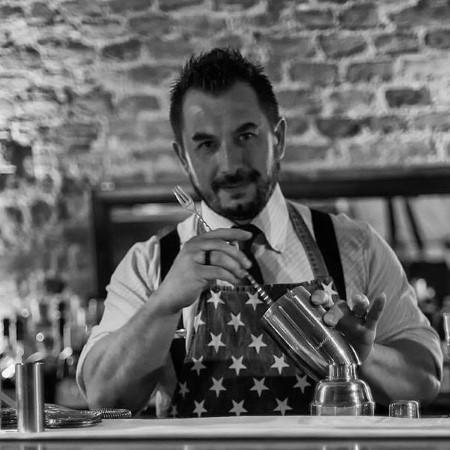 barman Walter Gosso