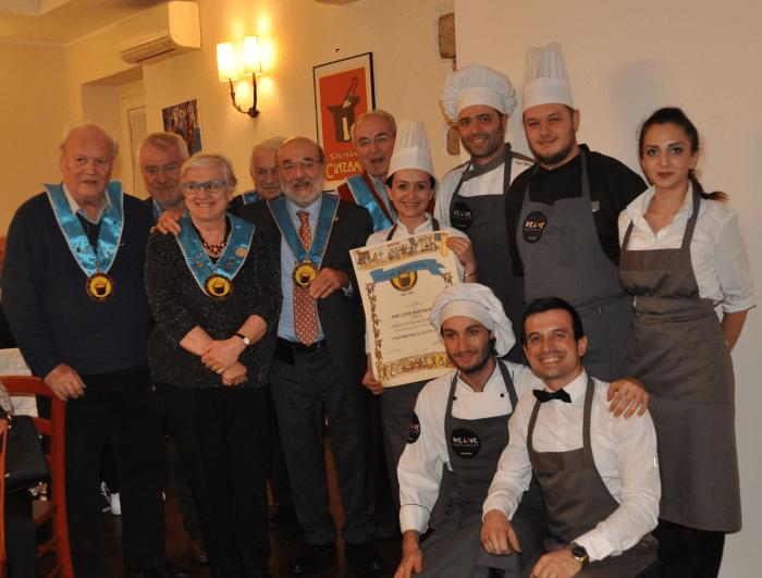 Diploma di benemerenza a One Love Restaurant