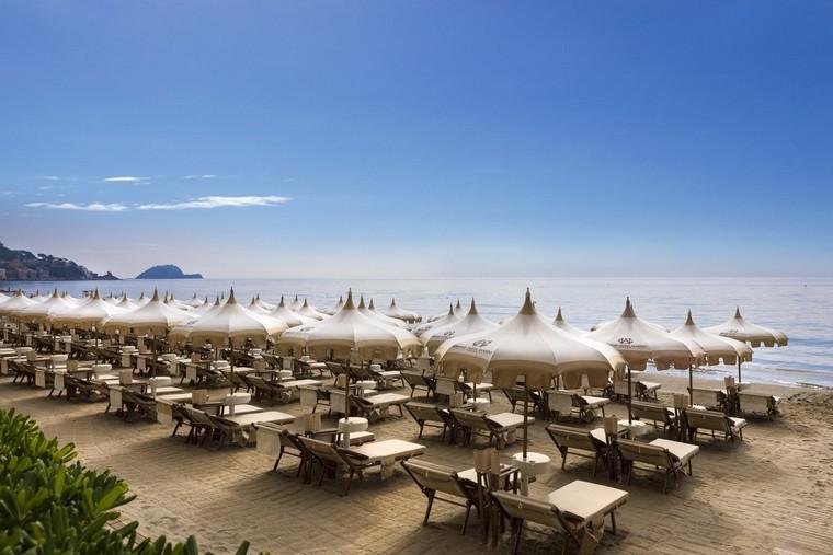 Spiaggia attrezzata hotel Alassio