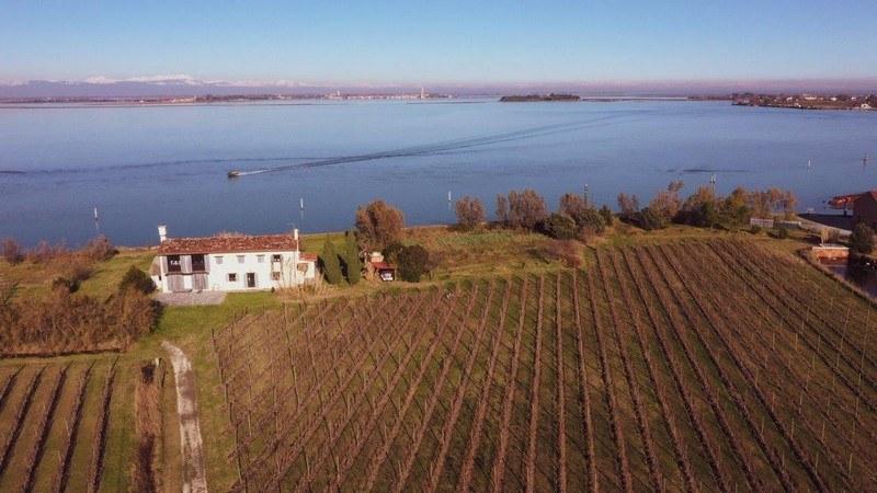 isola sant erasmo laguna di venezia