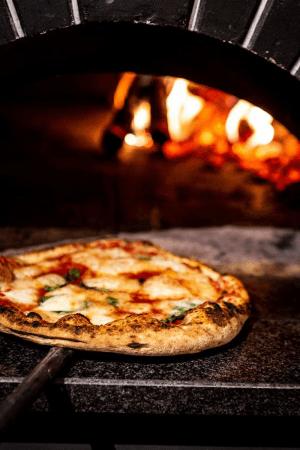 Pizza Convivium a Cecina