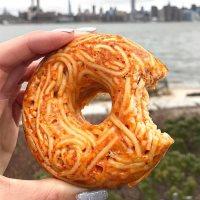 Spaghetti Donuts, le ciambelle di pasta sono fra noi