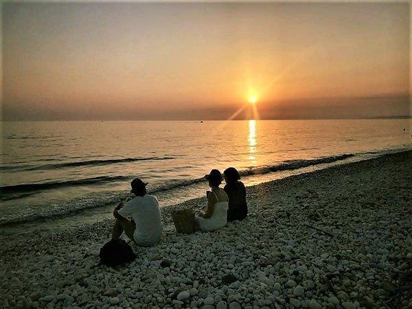 spiaggia-Giache-bianche-al-tramonto