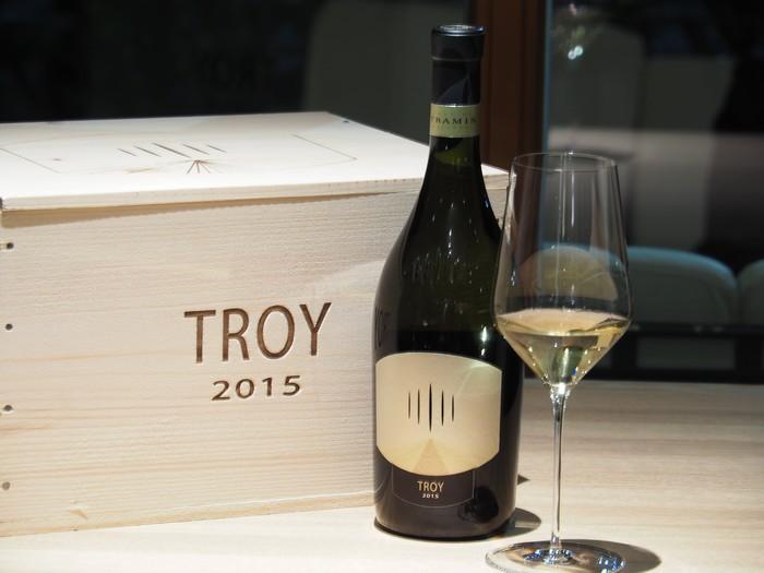 Chardonnay Troy
