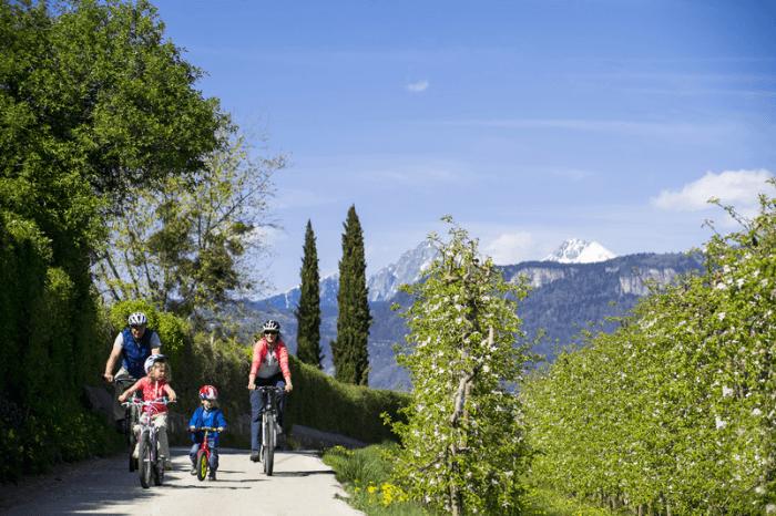 Vacanze famiglia in bici in Alto Adige