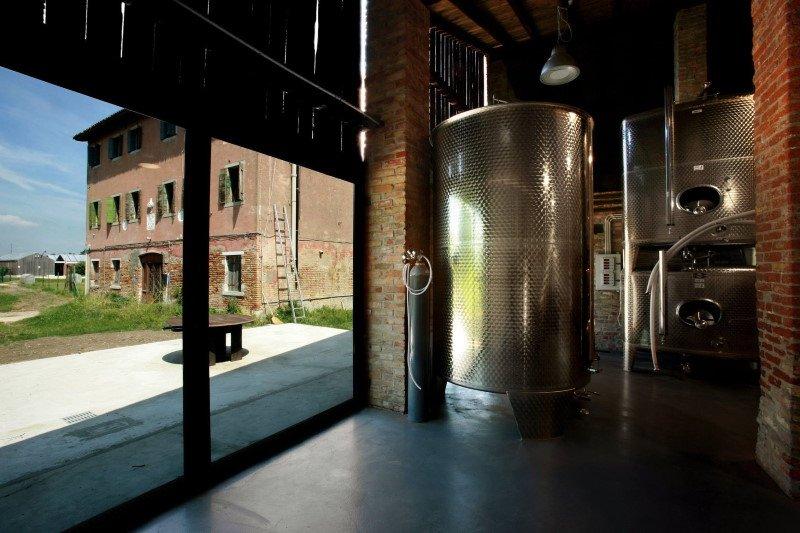 vasche-di-fermentazione-vino-orto-venezia