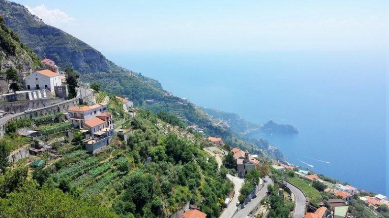vigneti eroici terrazzamenti Costa d'Amalfi